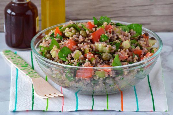 Ensalada de lentejas con quinoa y hortalizas